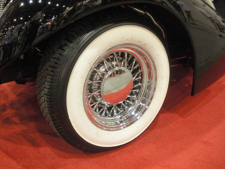 Kit-Car, Replica, Neo-Classic Wire Wheels and Whitewall Tires